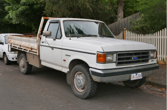 Ford F150 Pickup 2WD