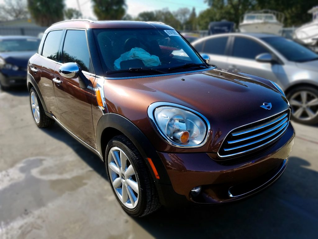 Mini Cooper car for parts