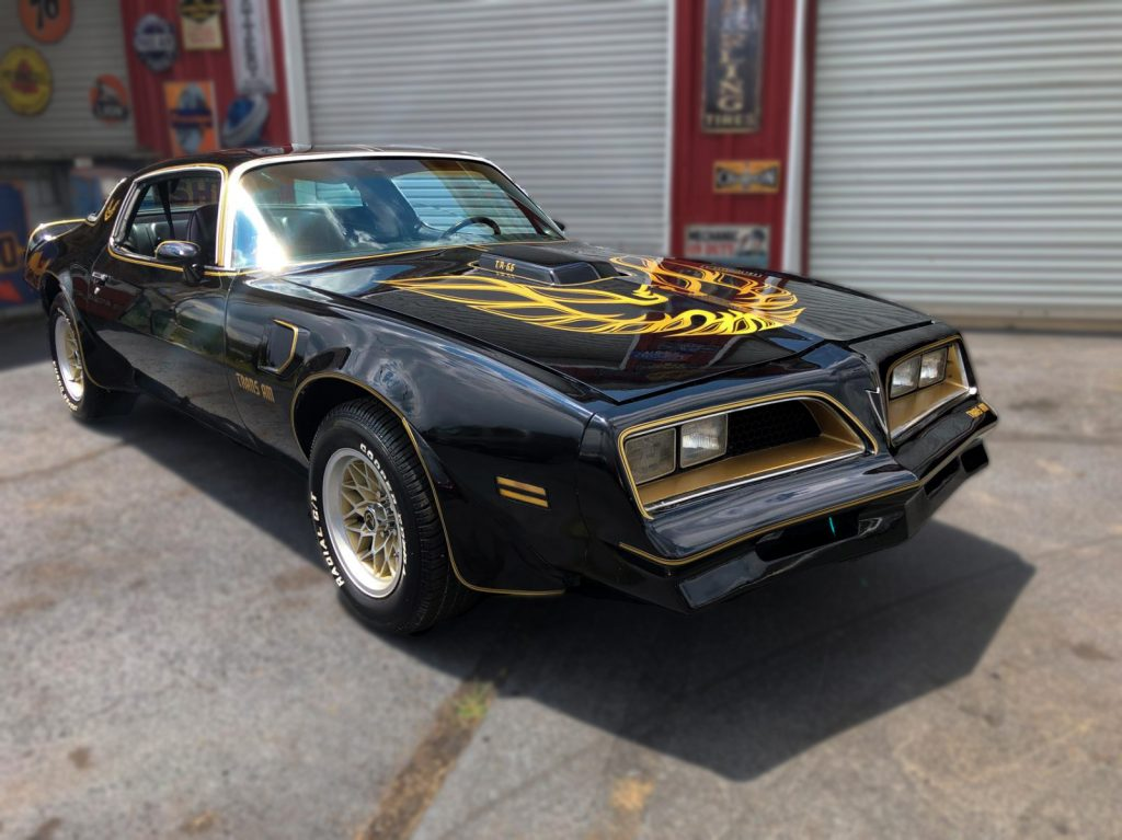 pontaic trans am smokey and the bandit